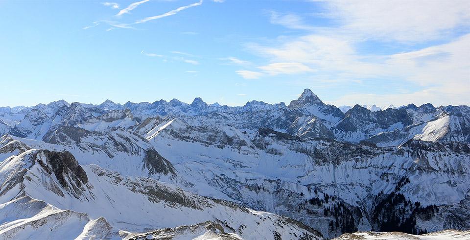 Headerbild Oy - Berge